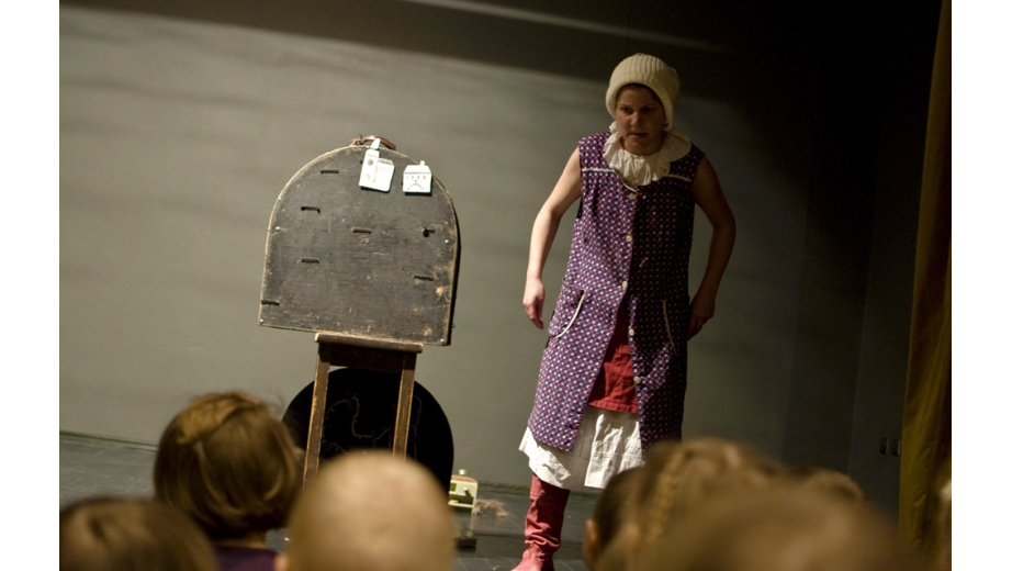 Výstavka v galerii Ponorka v divadle Minor, 2011